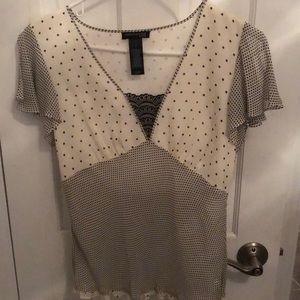 Kenneth Cole top polka dots lace m